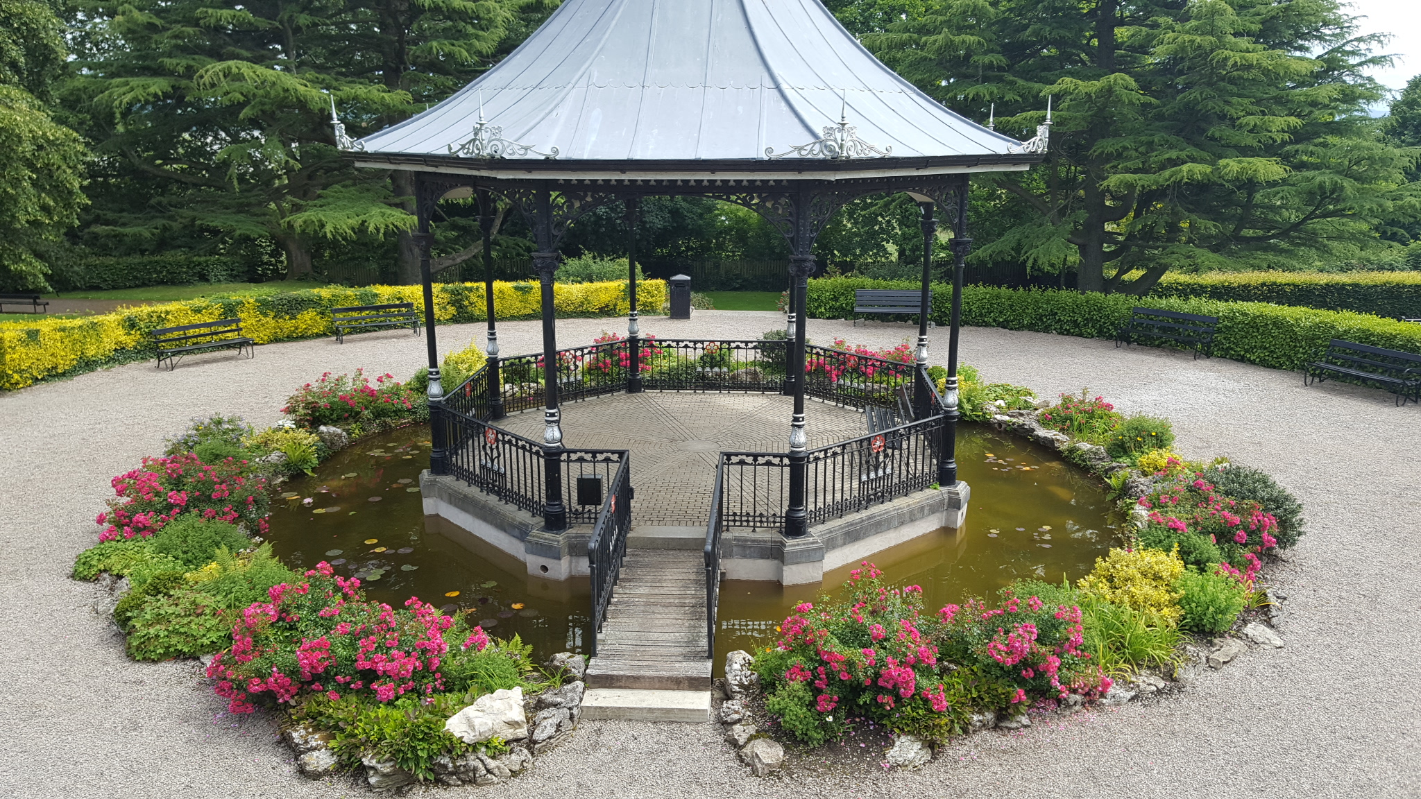 Grange bandstand