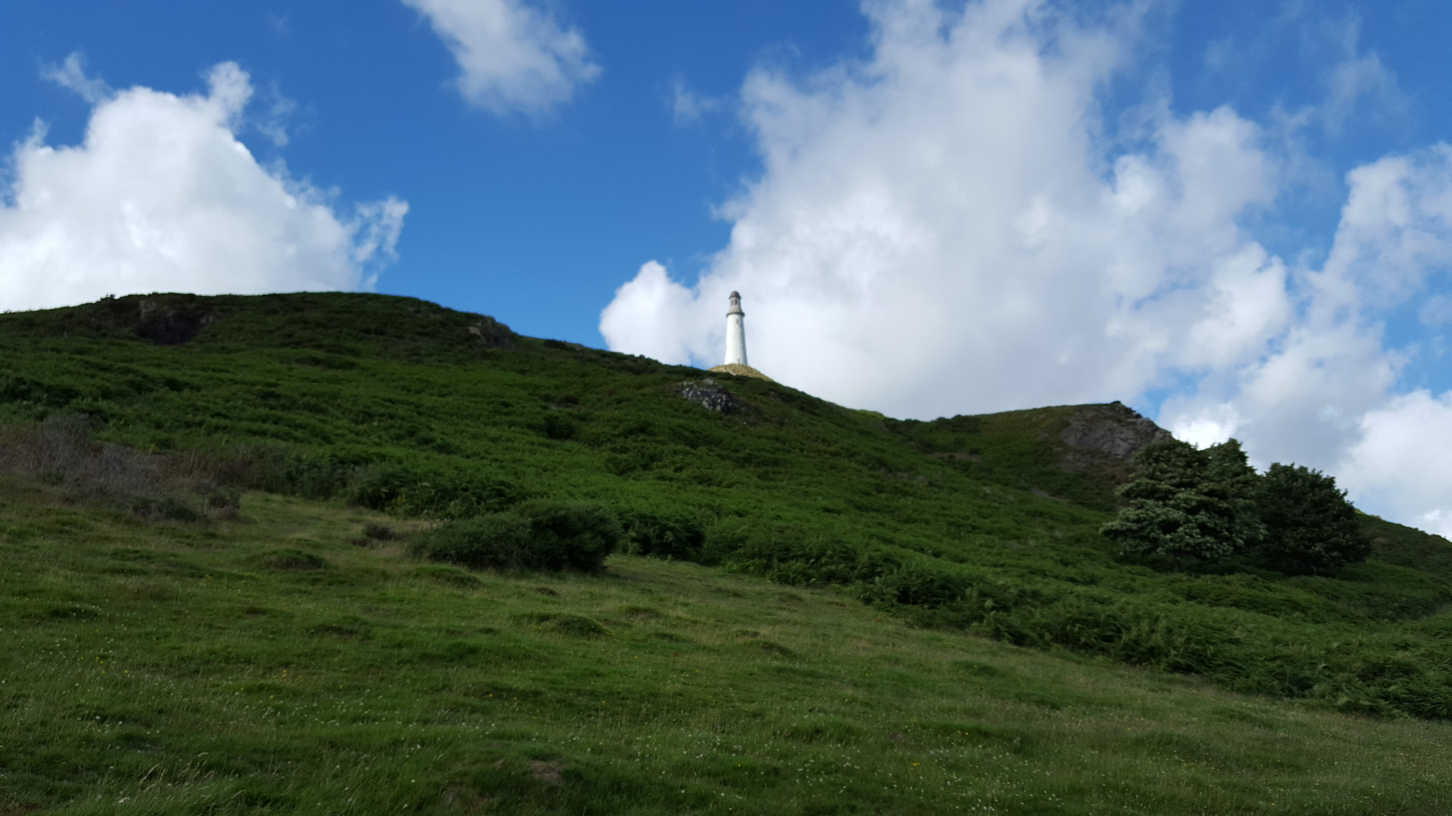 Hoad monument 2