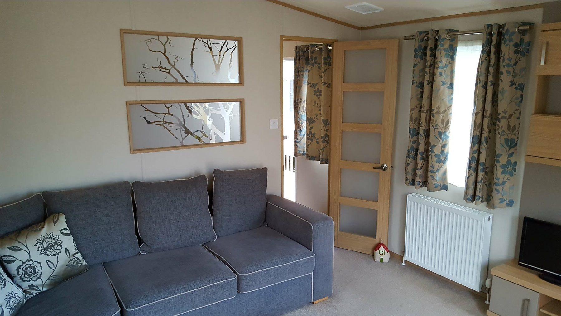 lounge-e1478777495380